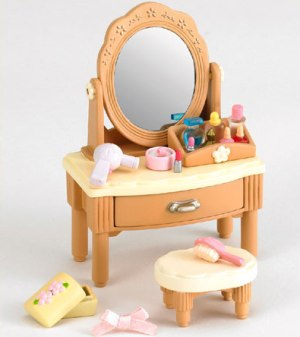 Dressing Table &amp; Accessories